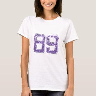 Camiseta La púrpura se divierte el número 89.png de Jerzee