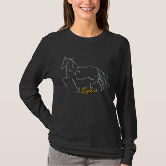 Camiseta larga de la manga del caballo frisio de
