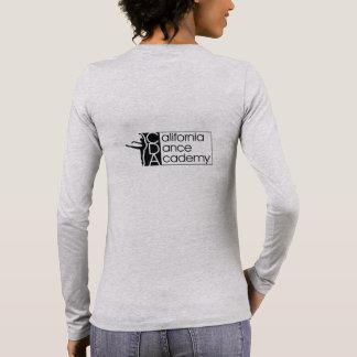Camiseta larga gris de la manga de las mujeres con