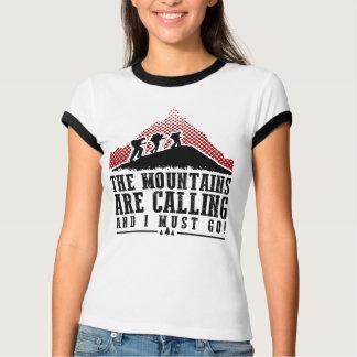 Camiseta Las montañas están llamando y debo ir