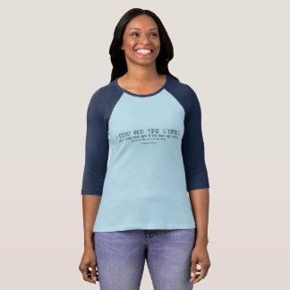 Camiseta Leí los cuentos (la camisa)