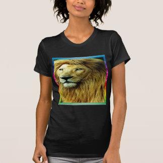 Camiseta León con la frontera del arco iris