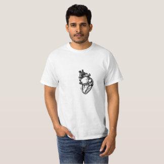Camiseta Línea realista arte de corazón