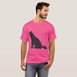 Camiseta Lobo rosado del orgullo. Cada uno ama rosa