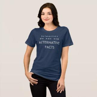 Camiseta Los científicos no utilizan los hechos alternos -