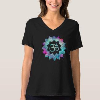 Camiseta Magenta de OM del *~* y negro potentes de la