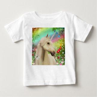 Camiseta mágica del arco iris del unicornio para