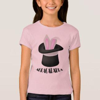 Camiseta mágica del conejito del mago de la