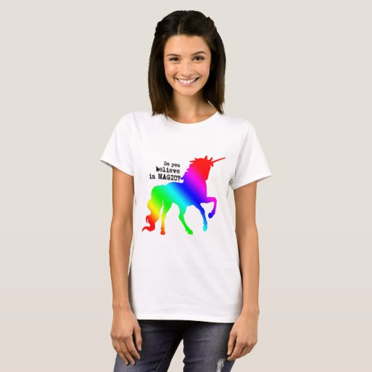 Camiseta mágica del unicornio