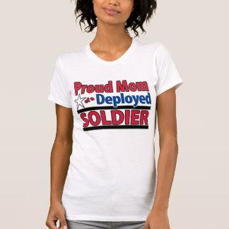 Camiseta Mamá orgullosa de un soldado desplegado con nombre