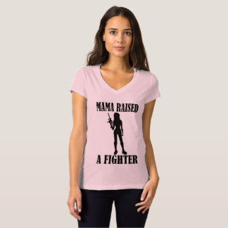 Camiseta Mamá Raised A Fighter