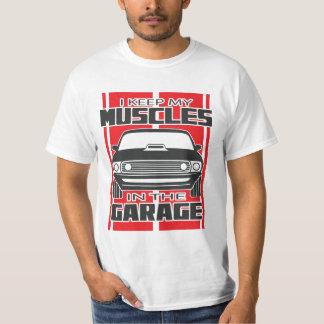 Camiseta Mantengo mis músculos el rojo del coche del