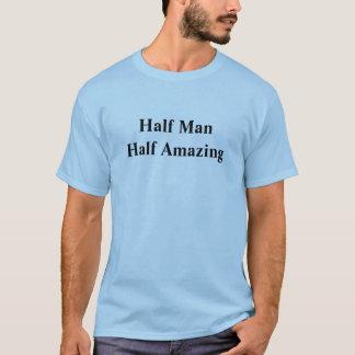 Camiseta Medio hombre que sorprende a medias