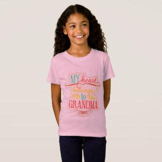 Camiseta Mi corazón pertenece a la abuela