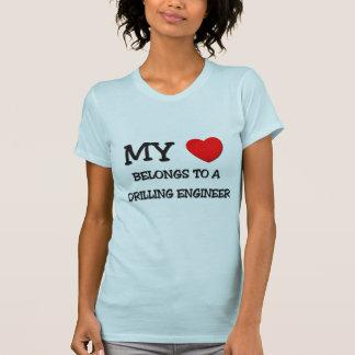 Camiseta Mi corazón pertenece a un INGENIERO de la