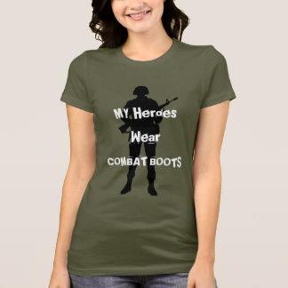 Camiseta Mis botas de combate del desgaste de los héroes