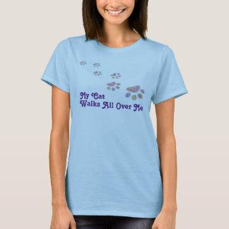 Camiseta Mis paseos del gato de las mujeres por todo mí