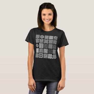 Camiseta Modelos geométricos blancos y negros