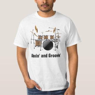 Camiseta Movin del batería determinado del tambor y