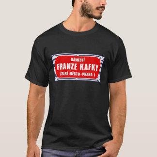 Camiseta Námestí Franze Kafky, Praga, placa de calle checa