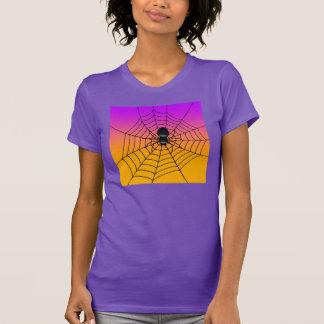 Camiseta negra de la araña de Halloween de las