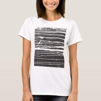Camiseta negra fresca de la tinta