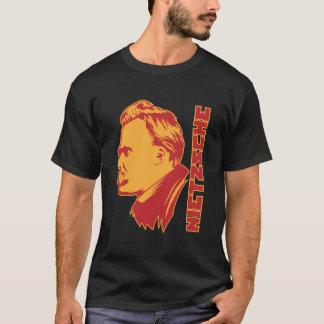 Camiseta Nietzsche2