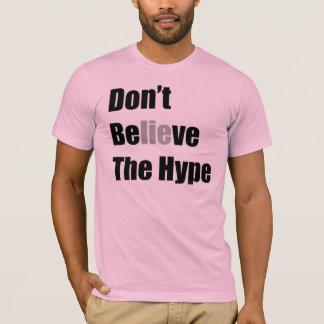 """Camiseta """"No crea el bombo """" por Michael Crozz"""