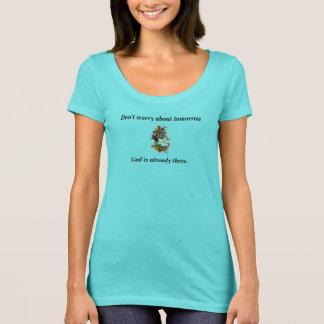 Camiseta No se preocupe la cruz de la flor del escote