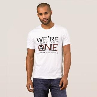 """Camiseta """"No somos solos, nosotros somos"""" por Michael Crozz"""
