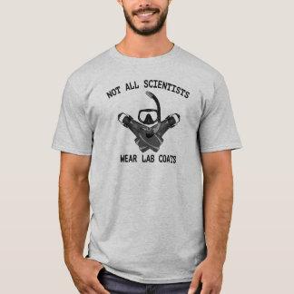 Camiseta No todas las capas del laboratorio del desgaste de
