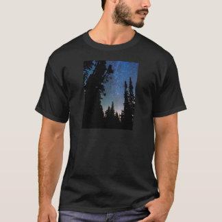 Camiseta Noche del bosque de la montaña rocosa