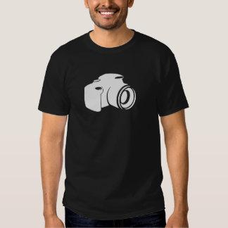 Camiseta oscura básica del fotógrafo