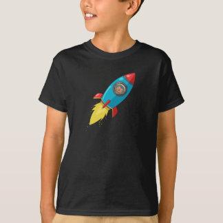 Camiseta oscura de Tabitha Fink Rocket