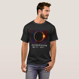 Camiseta oscura del eclipse solar 2017