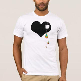 Camiseta ouch. corazón del arco iris
