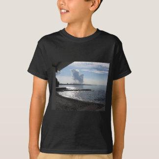 Camiseta Paisaje industrial a lo largo de la costa