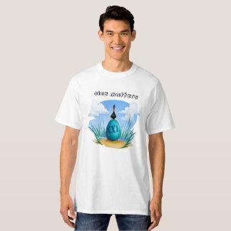 Camiseta Pájaro cartoony divertido con el huevo enorme del
