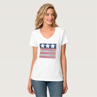 Camiseta patriótica del diseño de la bandera