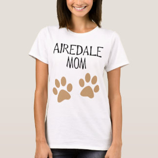 Camiseta pawprints grandes de la mamá del airdale