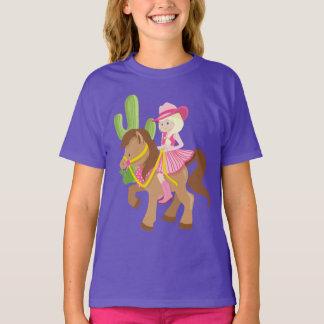 Camiseta Pequeña vaquera linda en potro