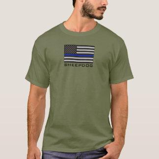 Camiseta PERRO PASTOR con la BANDERA AMERICANA FINA de BLUE