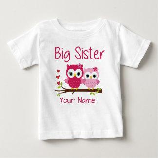 Camiseta personalizada búho del rosa de la hermana