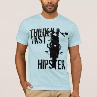 Camiseta Piense al inconformista rápido