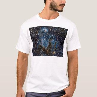 Camiseta Pilares infrarrojos de la nebulosa de Eagle de la