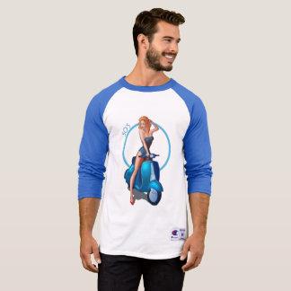 Camiseta Pin especial de los años 50 encima del azul