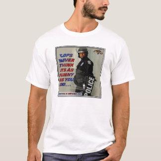 Camiseta policía divertida