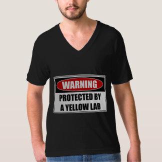 Camiseta Protegido por un laboratorio amarillo
