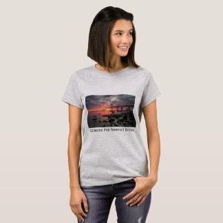 Camiseta Puente de Claiborne Pell Newport