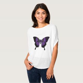 Camiseta púrpura de la mariposa del escote redondo